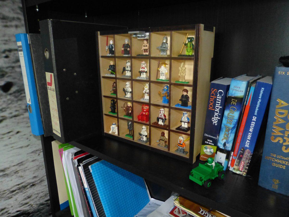 DIY Lego Cabinet